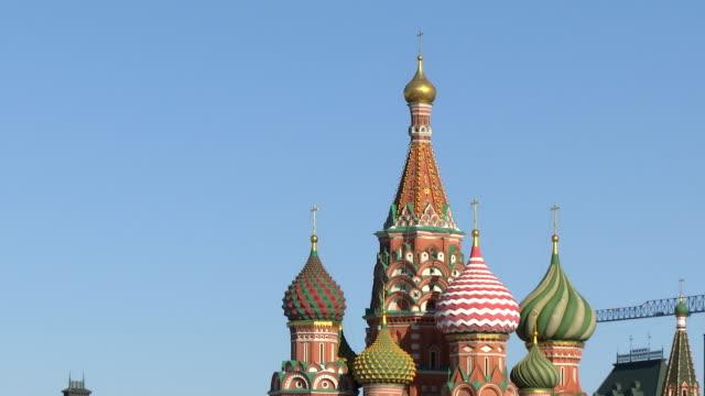 moskva, kreml, röda torget, kyrkan - röda torget bildbanksvideor och videomaterial från bakom kulisserna