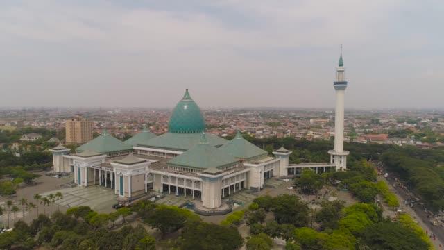 インドネシア スラバヤにモスク アル ・ アクバル - モスク点の映像素材/bロール