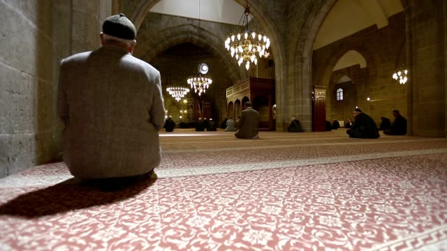 meczet, pomodlić się - islam filmów i materiałów b-roll
