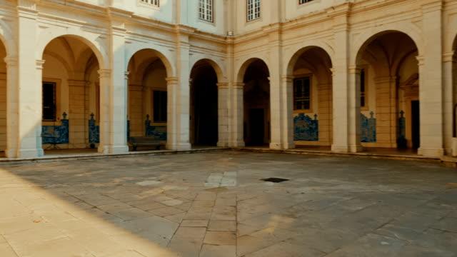 stockvideo's en b-roll-footage met mosteiro de são vicente de fora, lissabon, portugal - klooster