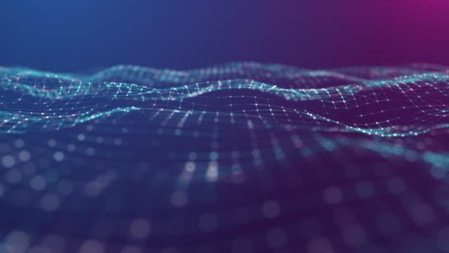 vídeos de stock, filmes e b-roll de motion abstract background, polígono e linha conectam-se ao fundo de pontos para ciência e tecnologia de negócios - código binário