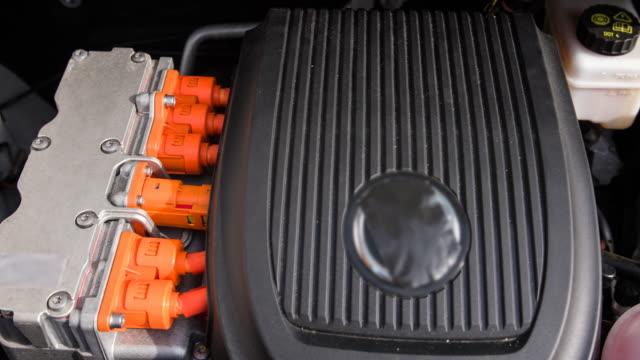 電気自動車のモータ - 電気自動車点の映像素材/bロール
