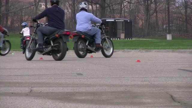 Motorcycle driving school. Bikers. Cool Motorcycles. video