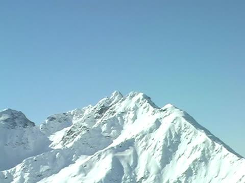 горы живописный 2 - центральная европа стоковые видео и кадры b-roll