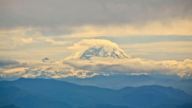 Mountain Time Lapse Mt Rainier video