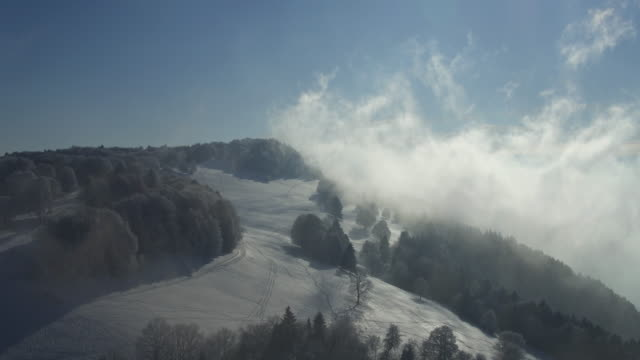 mountain way in snow and cloudscape - monte bianco video stock e b–roll