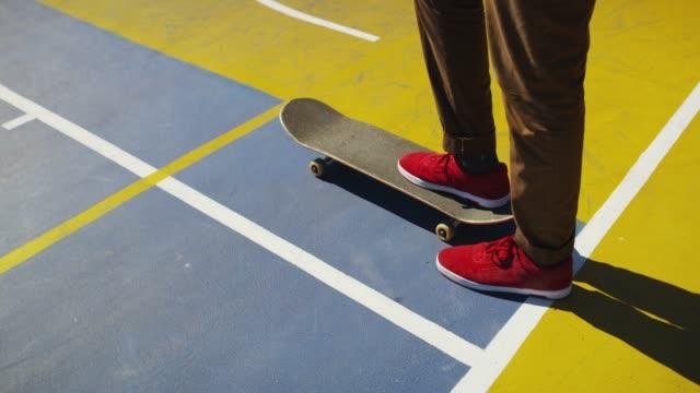 flytta med ditt hjärta inte fötterna - skatepark bildbanksvideor och videomaterial från bakom kulisserna