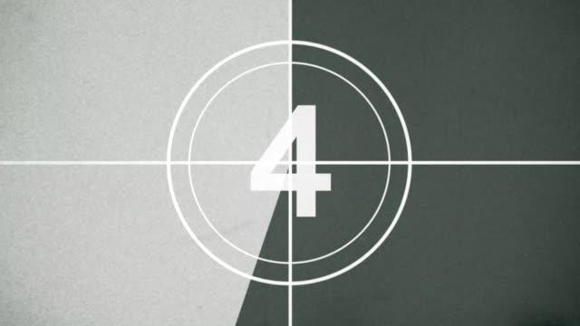 movie countdown old flim style - conto alla rovescia video stock e b–roll