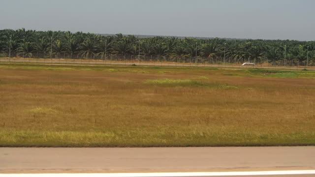 Moving at 150 mph at airport runway video
