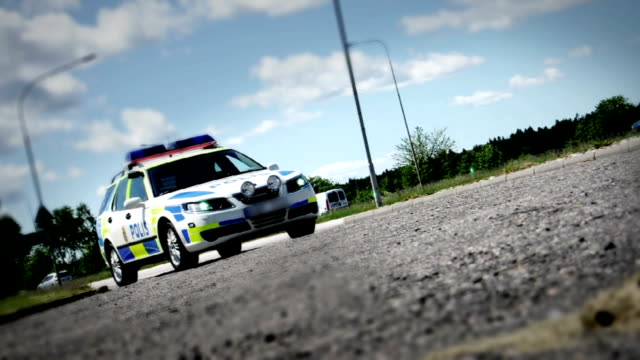 vidéos et rushes de camion de voiture de police suédoise polis bil - suede