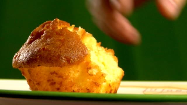 muffin - tallrik uppätet bildbanksvideor och videomaterial från bakom kulisserna