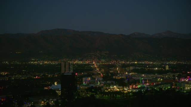 vidéos et rushes de quartier de mulholland hollywood hills - californie du sud