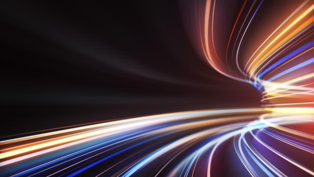 멀티 컬러 고속 조명 줄무늬 배경 - 추상, 데이터 전송, 대역폭 - 반복 가능 - abstract background 스톡 비디오 및 b-롤 화면