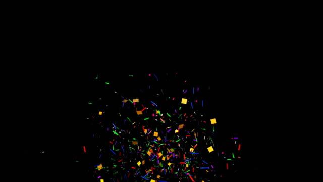 알파 채널이 있는 여러 가지 색색 색종이 폭발 - confetti 스톡 비디오 및 b-롤 화면