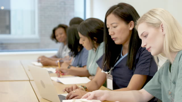 Video Multi-ethnic group of nursing students in class
