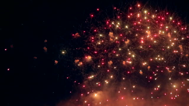 multiple colorfull fireworks - new year стоковые видео и кадры b-roll