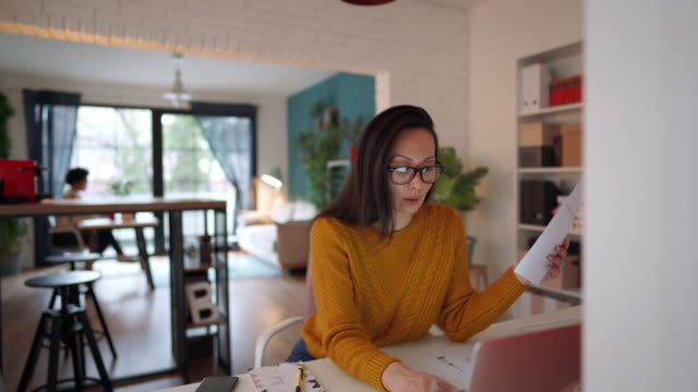 Multitasking of young female entrepreneur