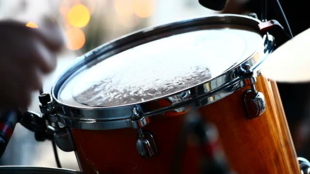 musician playing drums at live concert - trumset bildbanksvideor och videomaterial från bakom kulisserna