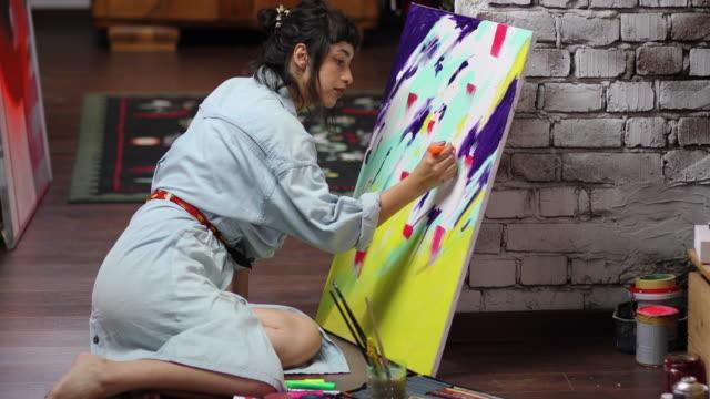 vidéos et rushes de mon passe-temps est la peinture - toile à peindre