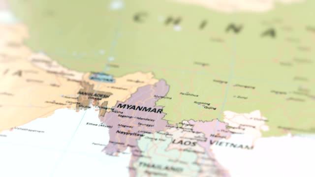 vídeos de stock e filmes b-roll de asia myanmar on world map - cartografia