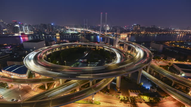 nanpu bridge, shanghai- time lapse - wielki filmów i materiałów b-roll