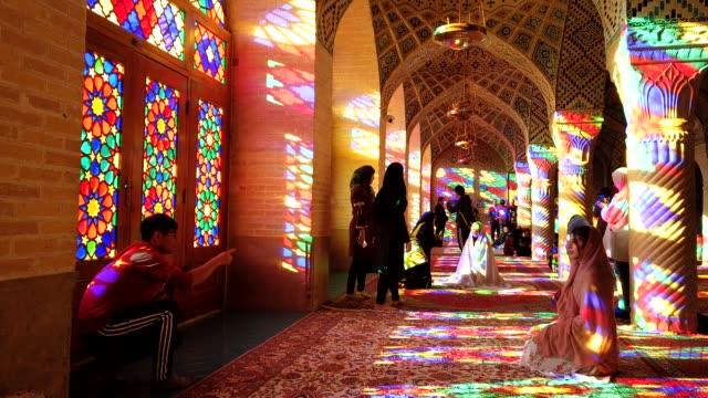 nasir-al-molk moské tid förfaller, shiraz - moské bildbanksvideor och videomaterial från bakom kulisserna