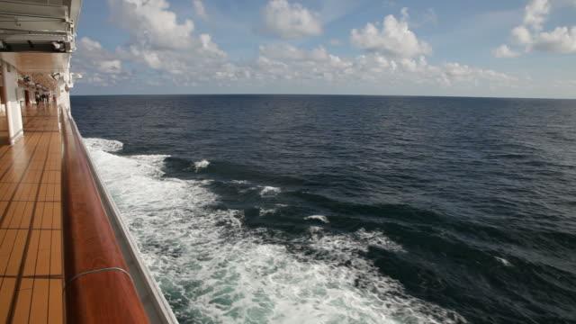 stockvideo's en b-roll-footage met navigeren op de noordzee - cruise