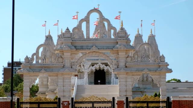 neasden hinduiskt tempel, london, england, storbritannien - india statue bildbanksvideor och videomaterial från bakom kulisserna