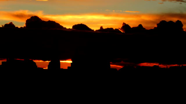 stockvideo's en b-roll-footage met nederland het vrijthof maastricht sunrise - maastricht