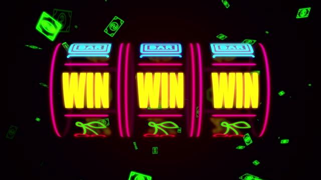 neon casino spelautomat spinning, pengar flyger efter vinst kombination - lotteri bildbanksvideor och videomaterial från bakom kulisserna