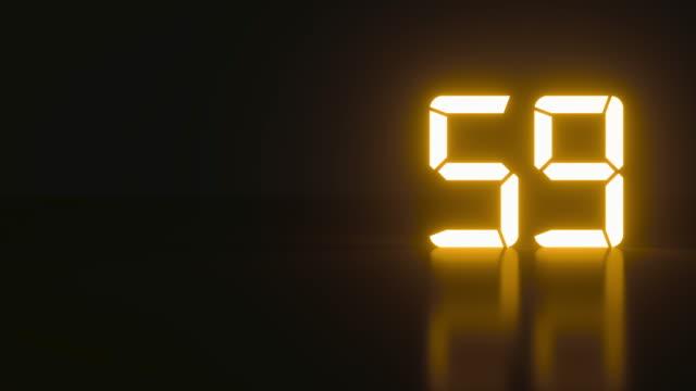 neon minimalista tempo reale di un minuto di tempo in uno spazio isolato - conto alla rovescia video stock e b–roll