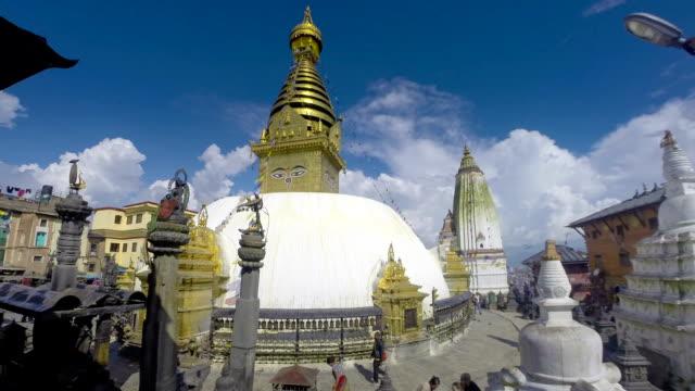 nepal kathmandu swaymbonath stupa time lapse - stupa stok videoları ve detay görüntü çekimi