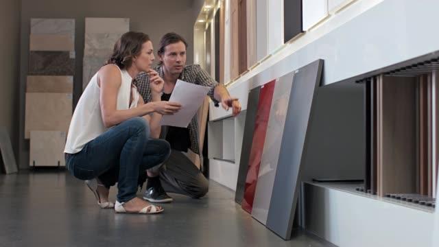 nya hem val - looking inside inside cabinet bildbanksvideor och videomaterial från bakom kulisserna