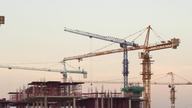 新しい業界構造 - クレーン点の映像素材/bロール