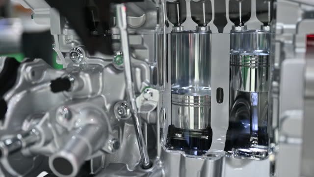 New technology of vehicle engine combined with electric motor simulated