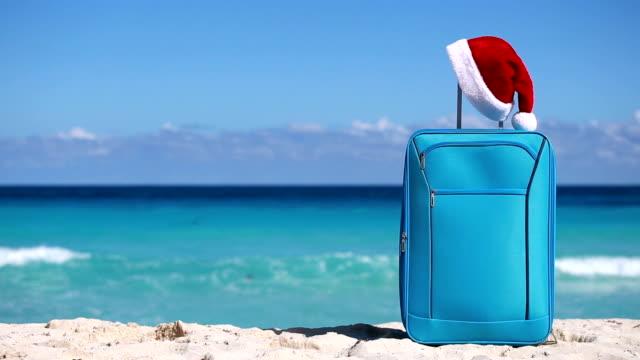 新年やクリスマスのお祝い - サンタの帽子点の映像素材/bロール