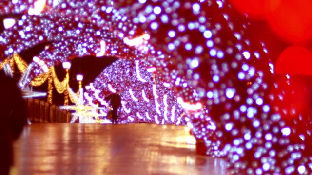 neujahrsdekorationen in moskau. - girlande dekoration stock-videos und b-roll-filmmaterial