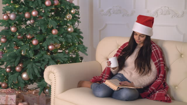 New year eve female relaxing in flat video