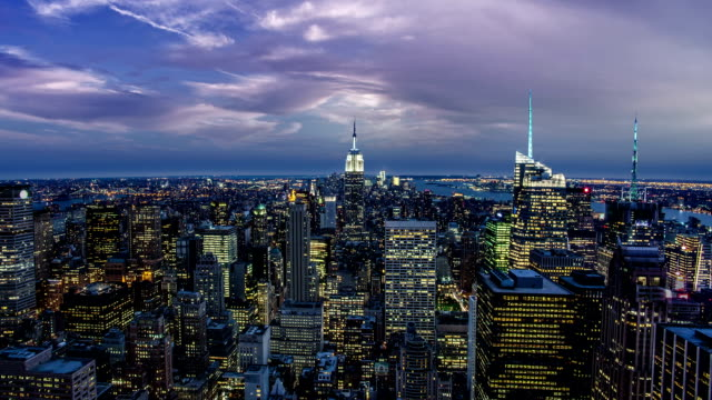 città di new york di notte - 20 24 anni video stock e b–roll
