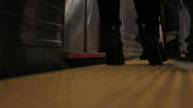 New York City crowd of people rush hour subway video