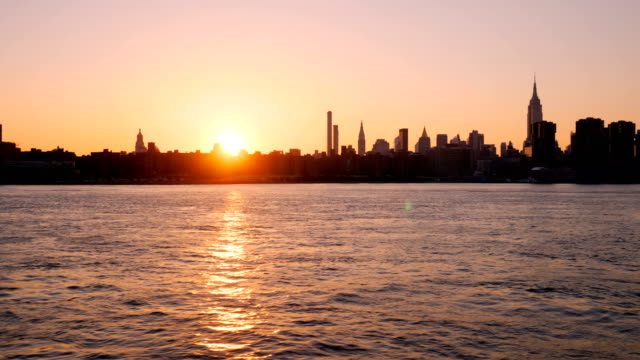 New York City skyline: Downtown waterfront video