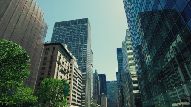 new york city skyscrapers - new york architecture stock videos & royalty-free footage