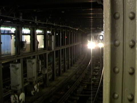 New York City: Subway Arrives video