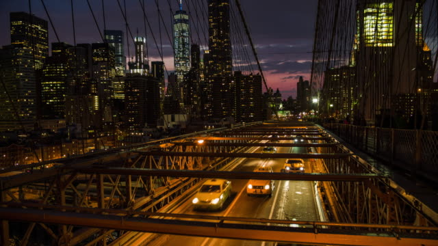 New York City - Traffic on Brooklyn Bridge video