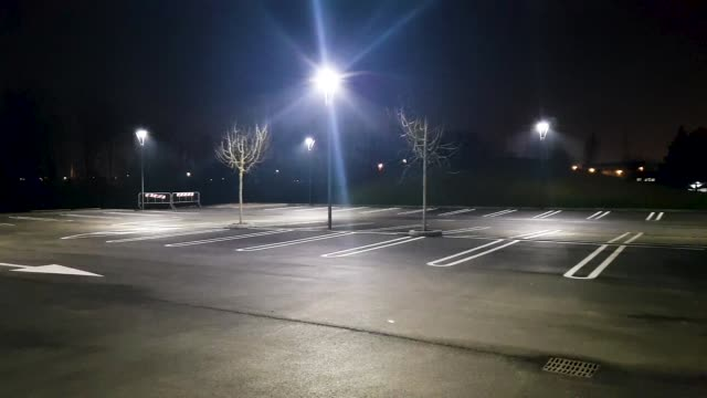 night car parking - assenza video stock e b–roll