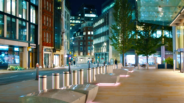 night. financial district. empty street. pacific. amazing. dramatic. - london architecture stock videos & royalty-free footage