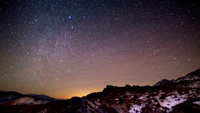 cielo di notte time lapse - cielo stellato video stock e b–roll
