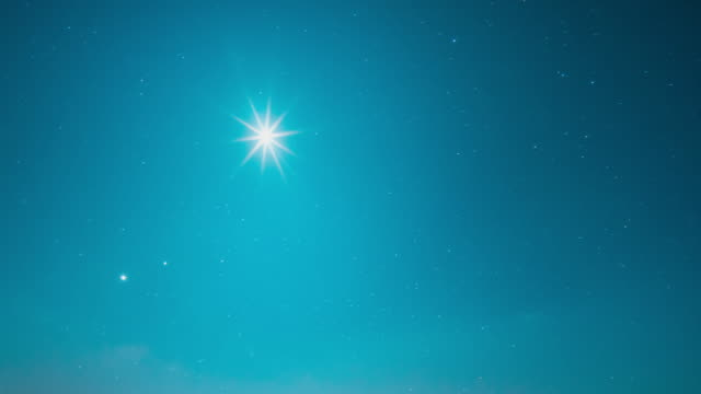 vídeos de stock e filmes b-roll de night sky with the moon - céu claro