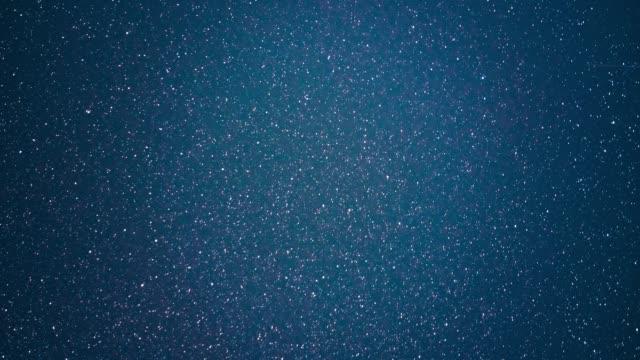 vídeos y material grabado en eventos de stock de lapso de tiempo de la noche de las estrellas - estrella del norte