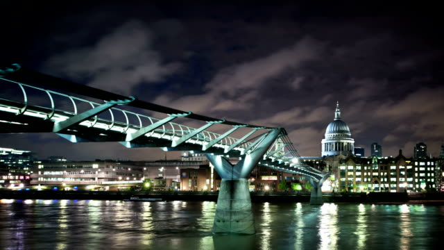 Night time lapse of Millennium Bridge in London video